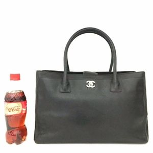 2of2: CHANEL Executive Tote